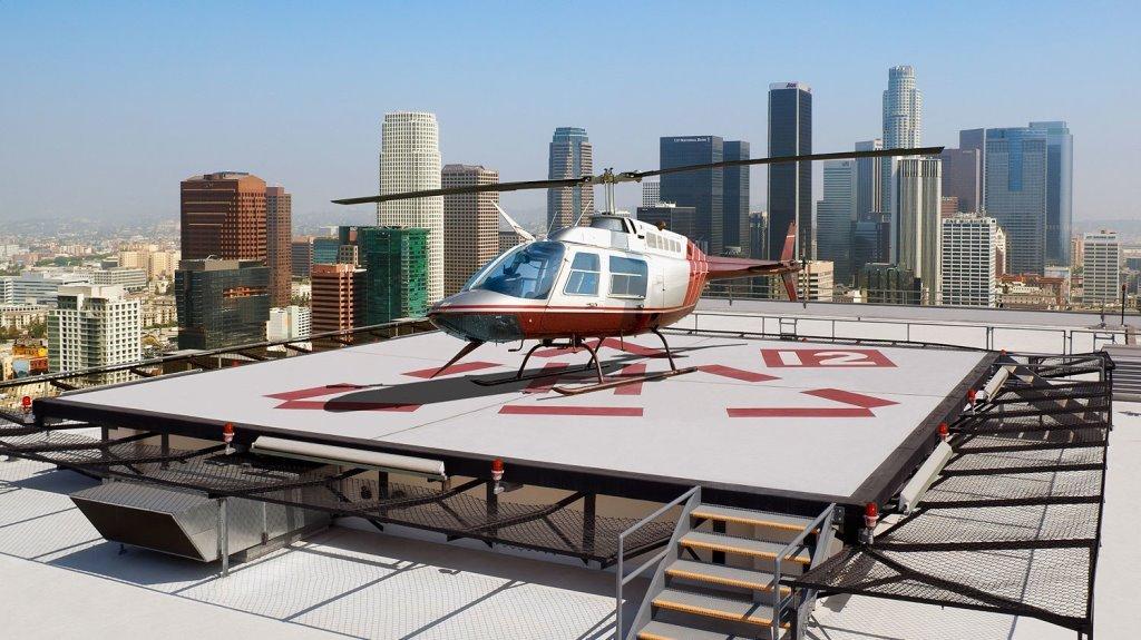 Площадка для вертолета на крыше отеля