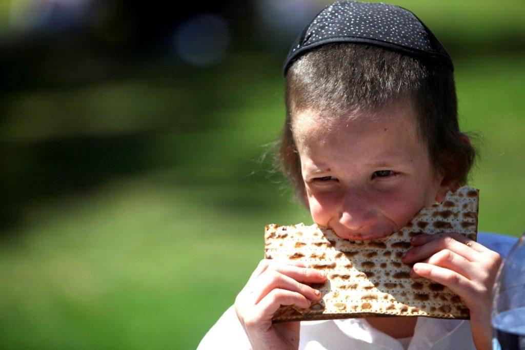 Израильские дети кушают по-взрослому