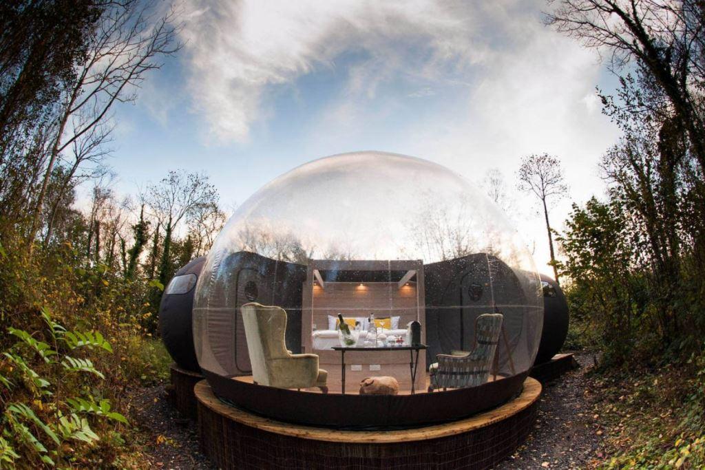 Пузыри-коттеджи в отеле Finn Lough
