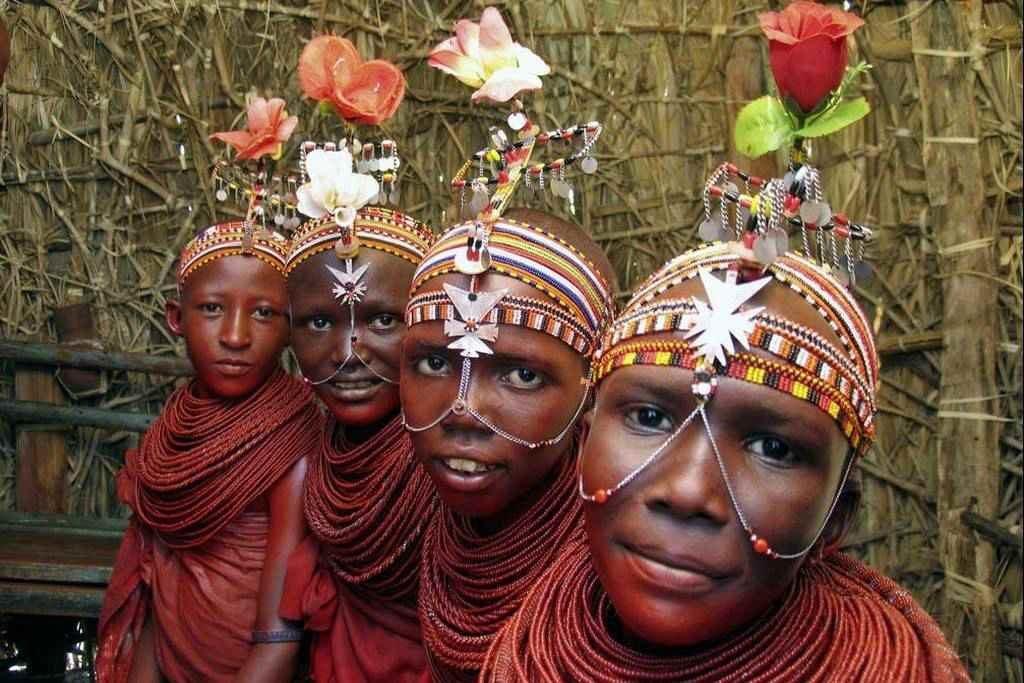 Племя Эль моло в Кении