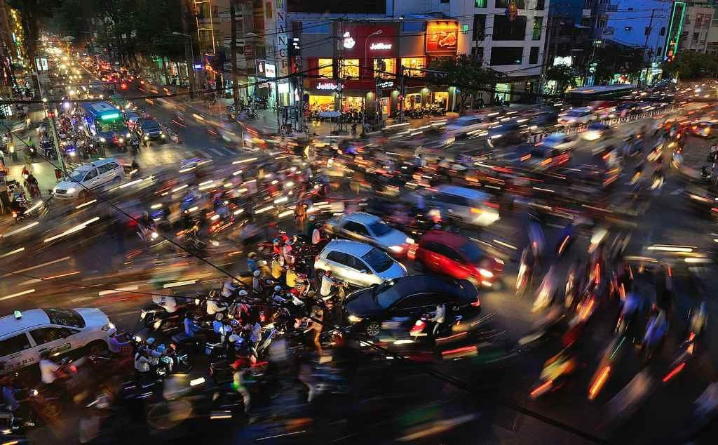 Движение на дорогах Вьетнама