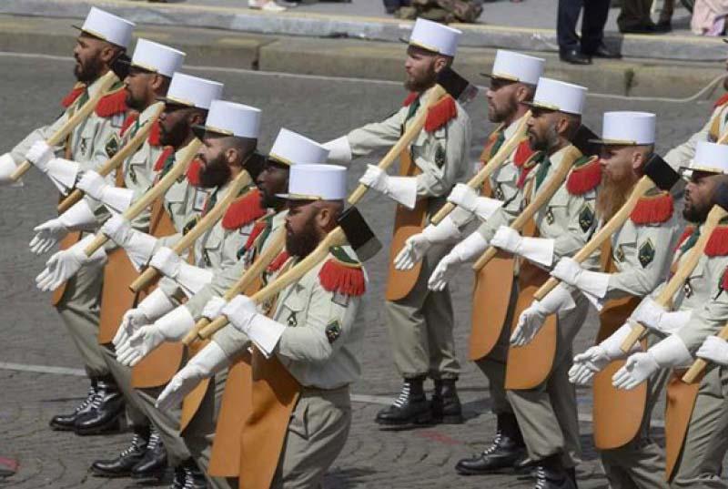 Парадная военная форма во Франции