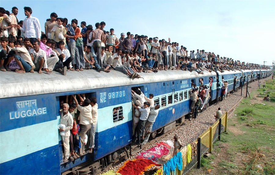 Своеобразные индийские поезда