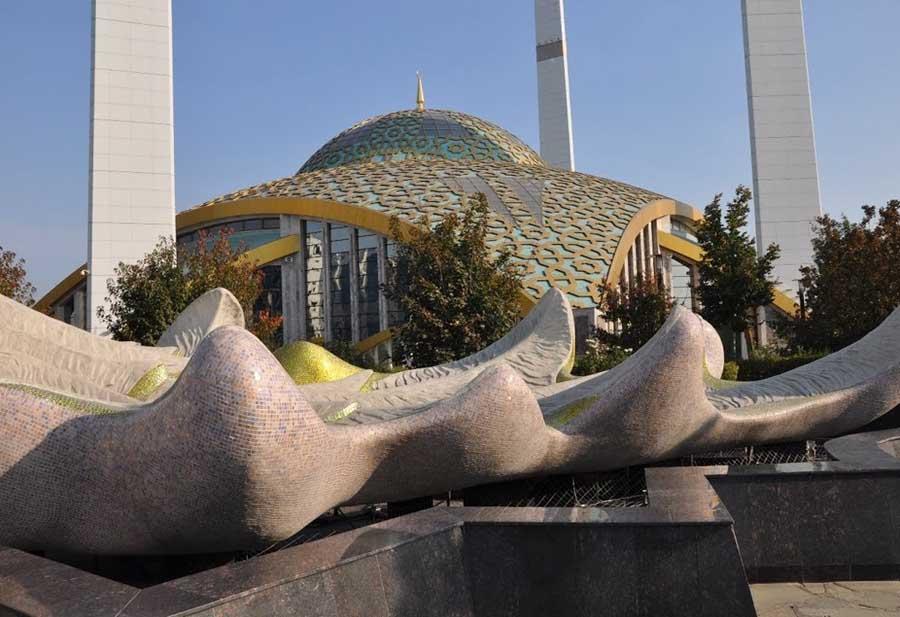 Материнская мечеть