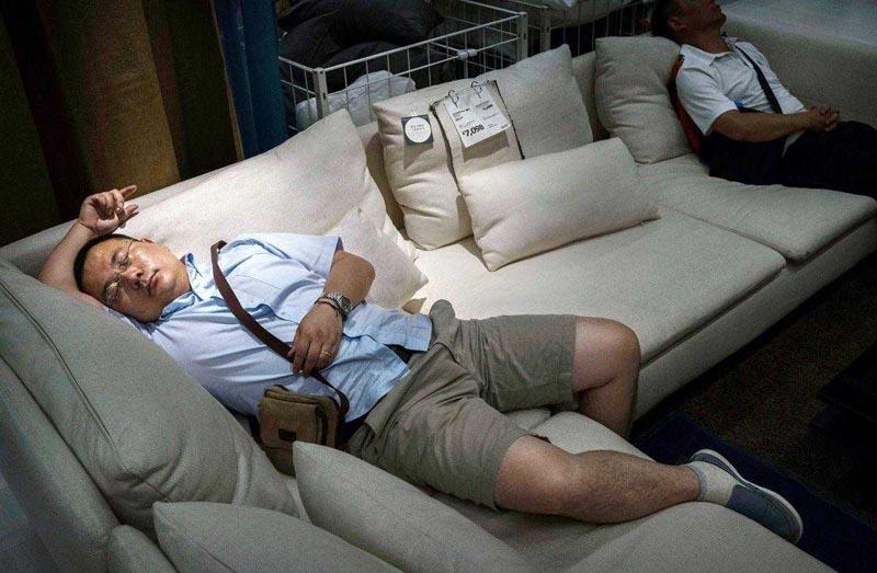 Китайцы сильно заняты и ленивы одновременно