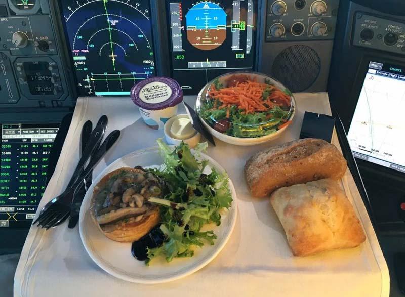 питание пилотов
