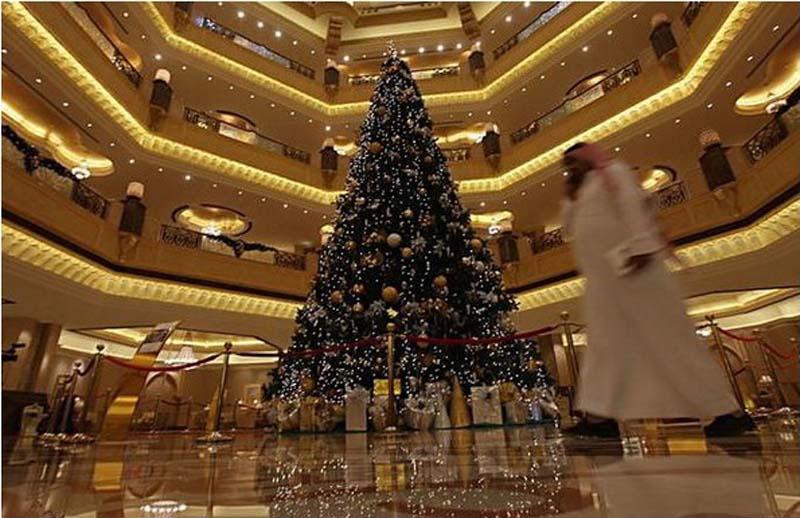 ель  Emirates Palace Hotel