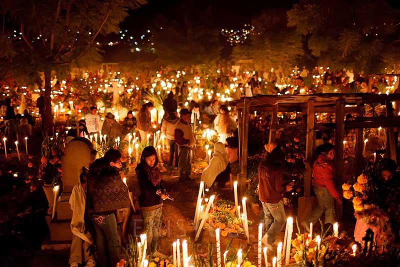 Чили на Новый год посещать могилы своих близких