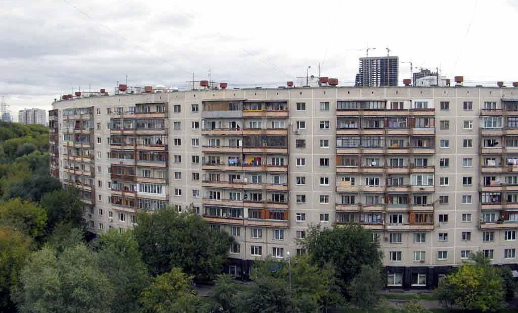 Дома на Нежинской и на Довженко Москва Как живется жильцам «бубликов»
