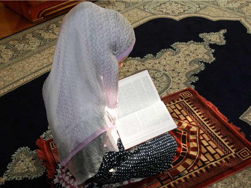 Коран категорически запрещается мусульманкам выходить замуж за иноверца