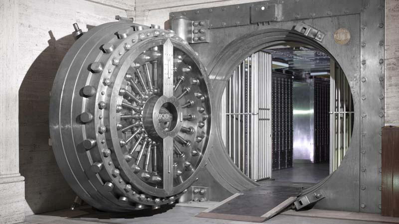 Самая тяжелая дверь во всем мире