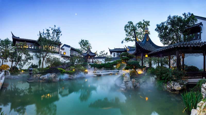 Бассейн, гараж и сад Жители роскошной резиденции китая