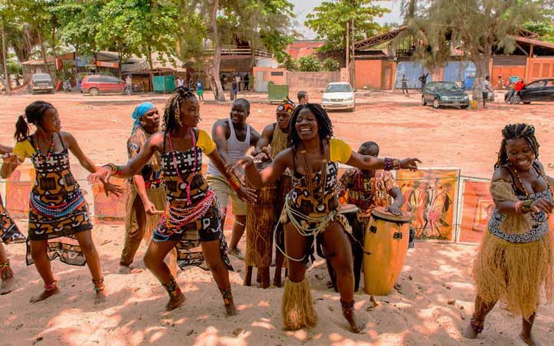 Необычный народ Мвила: быт и особенности племени