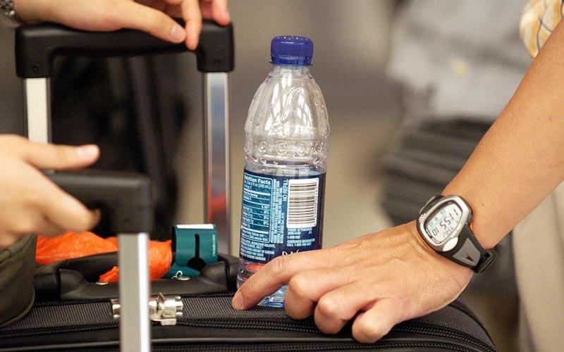 Сколько жидкости разрешено перевозить за границу