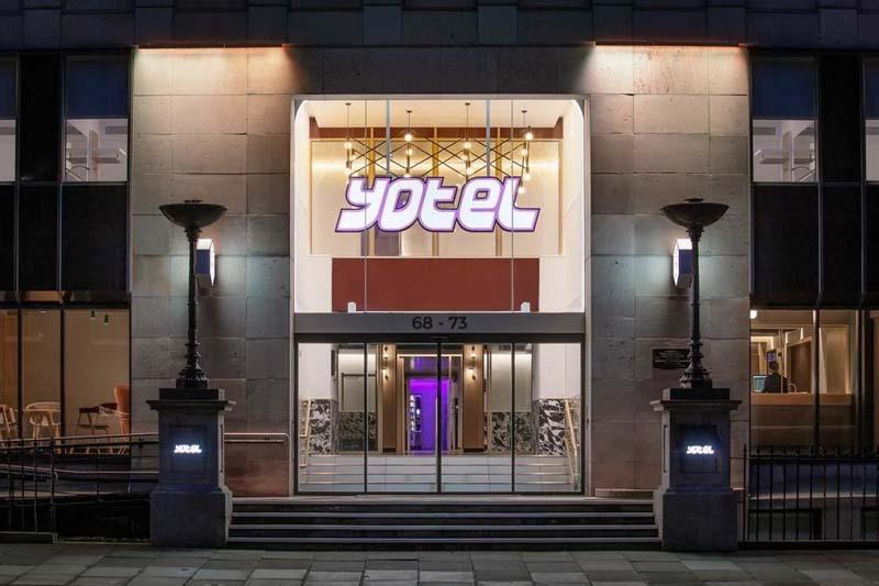 отель под названием Yotel