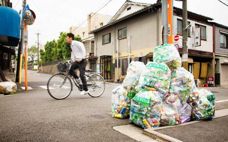 Японские мусорные дни