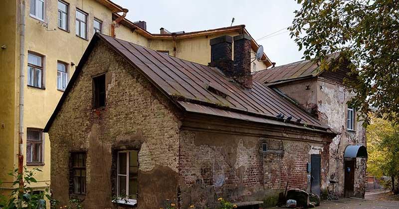 Самый старинный жилой дом в России: где находится?