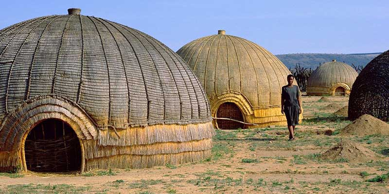 Круглые дома у африканцев: почему выбирают такую форму жилища