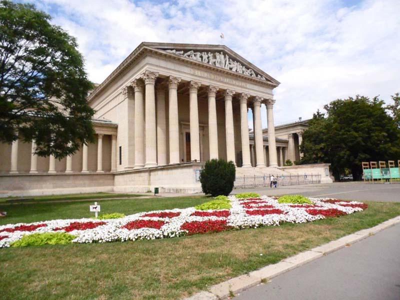 Музей Будапешта после реконструкции