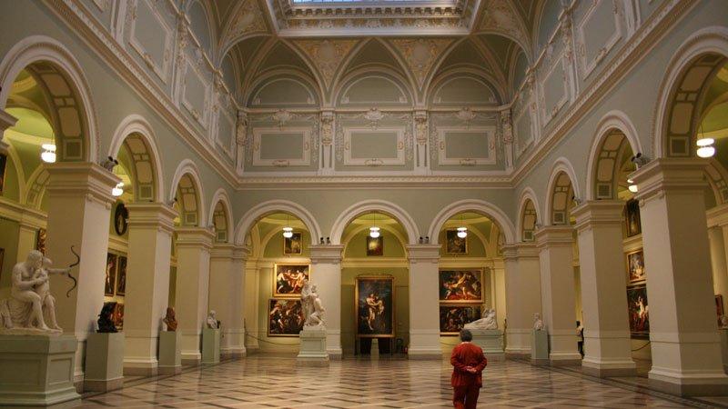 Почему не стоит есть перед посещением музея в Будапеште