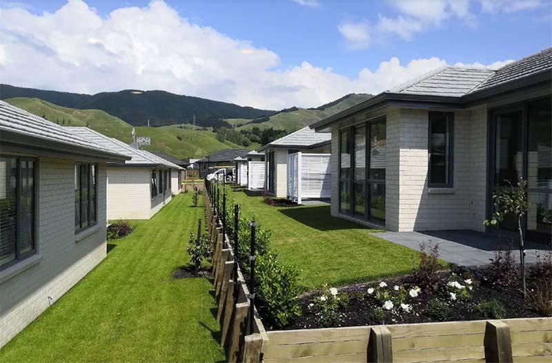 Сейчас в Зеландии построено уже свыше 400 деревень для пенсионеров