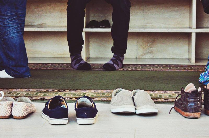 Не переступать порог дома в обуви в Тайланде