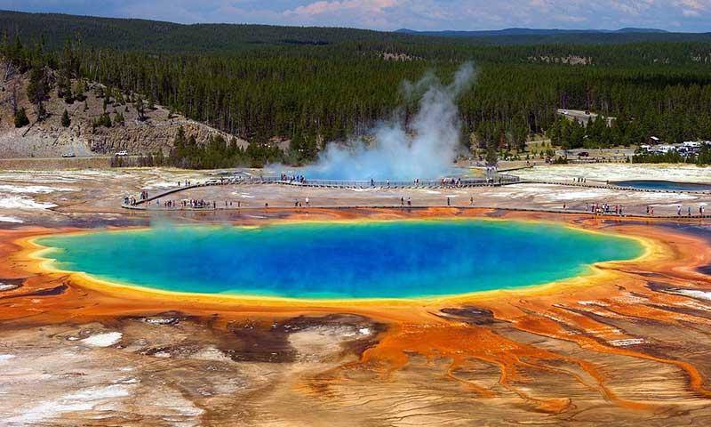 Озеро, в котором вместо воды серная кислота