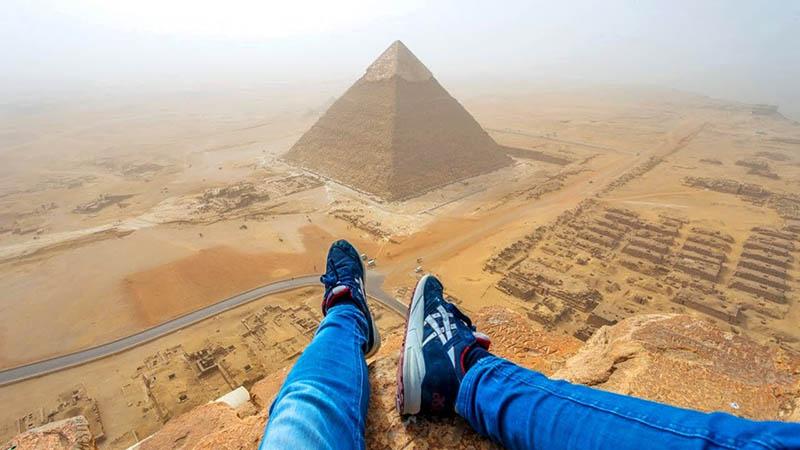 интерес к Египту и туристической зоне.