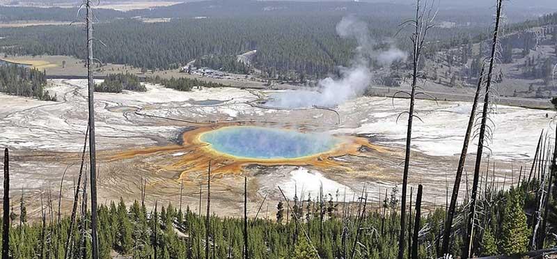 Ученые предполагают, что вулкан Йеллоустоун выбросил примерно 1000 куб. км пепла