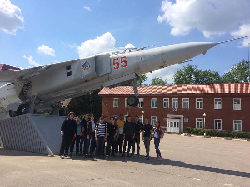 Миг-23: главная достопримечательность города Луховицы