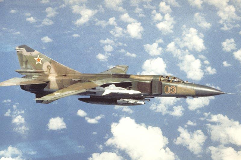 В чем особенности истребителя Миг-23