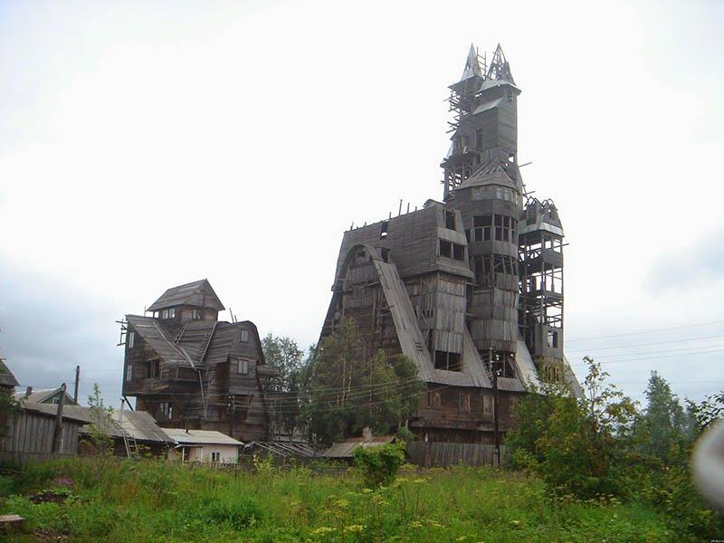 Уникальный дом Николая Сутягина в Архангельске