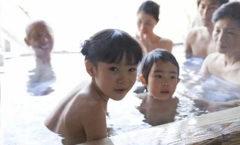 Японии многие используют электроподогрев в ванна