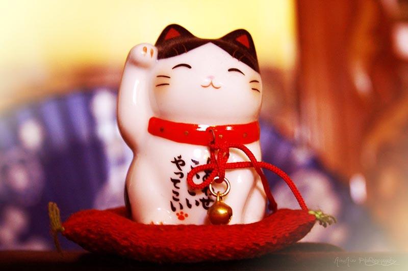 Талисман «Манящий кот» из Японии