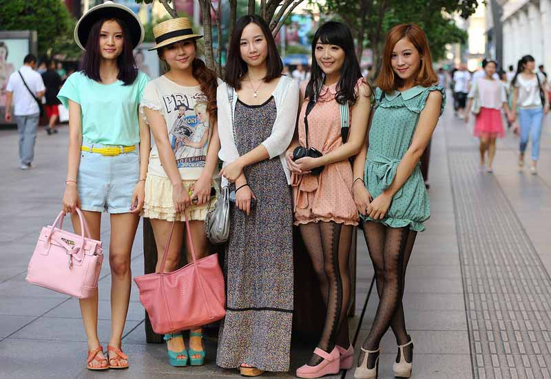 Оголенные живот и плечи в Японии считаются дурным тоном