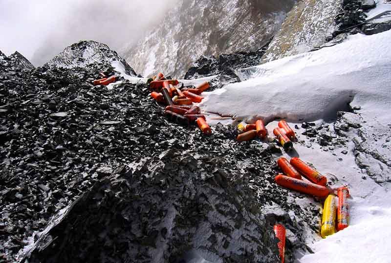 Причина загрязнения горы Эверест