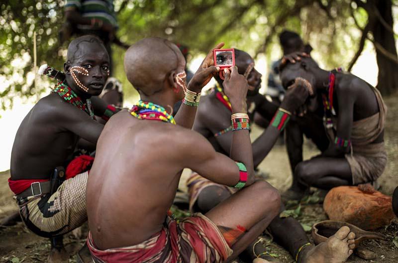 Как живет племя Хамар