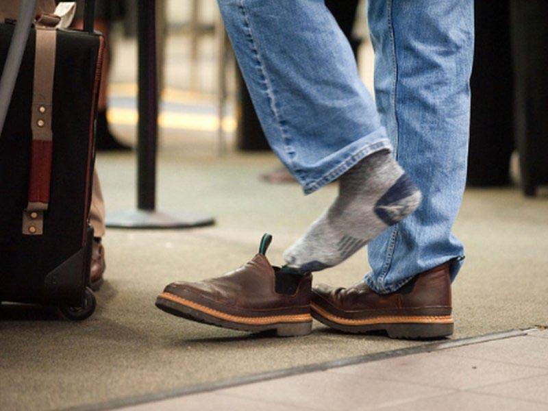 В каких странах можно не снимать обувь, заходя в дом