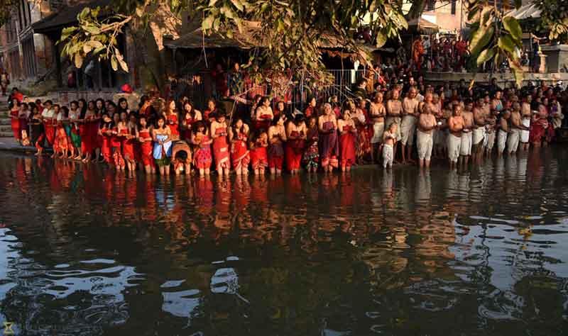 Фестиваль купания В Тибете