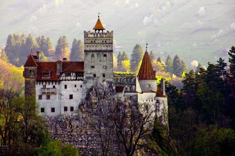 Замок Дракулы: как выглядит сегодня?