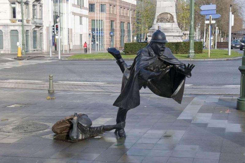 Одни из самых необычных скульптур в мире