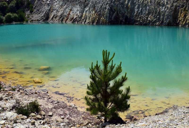 Озеро Монте Неме: красивое, но опасное для здоровья