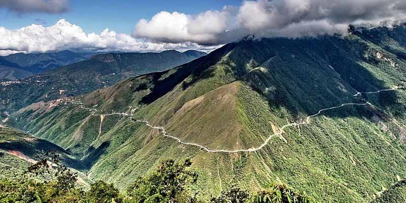 В наши дни Ла-Пас и Юнгас соединяет новая безопасная трасса, которую ввели в эксплуатацию в 2006 году.
