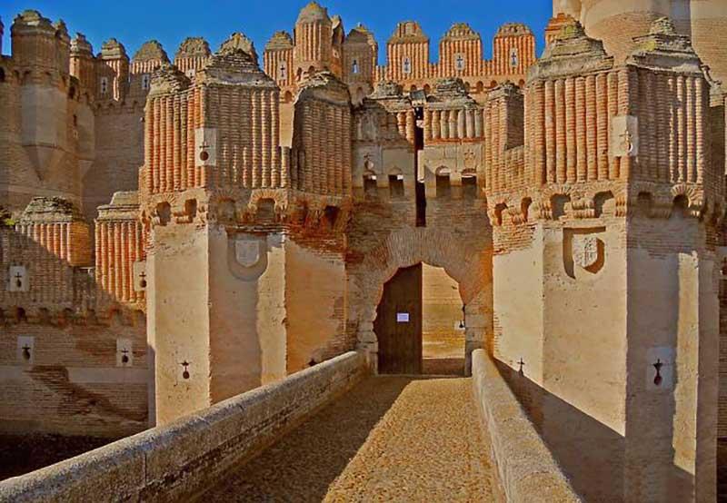 В 19 веке этот неприступный замок все же смогли завоевать.