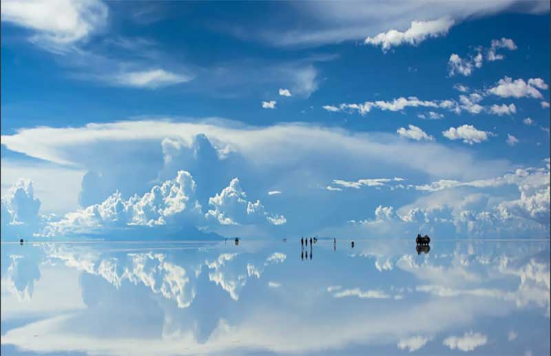 Солончик Уюни в Боливии: ощущение, как будто находишься на небе среди облаков