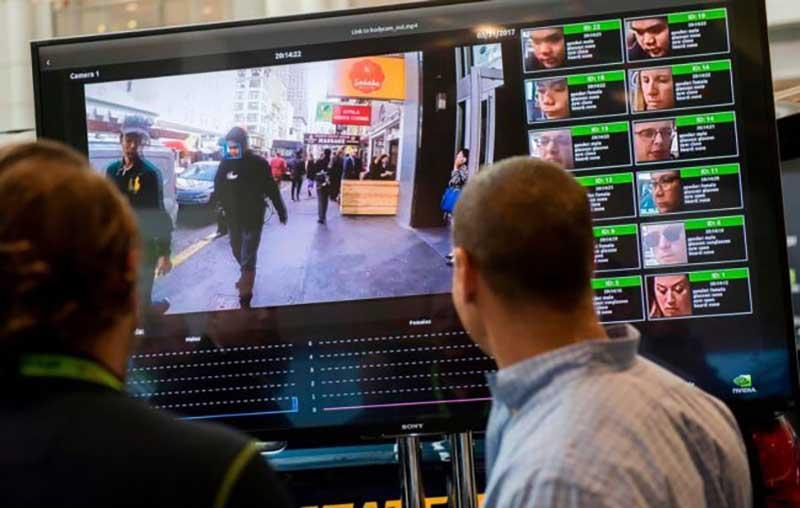 Как утверждают авторы, разрабатываемые систему мониторинга покупателей, она не предназначена для помощи полиции