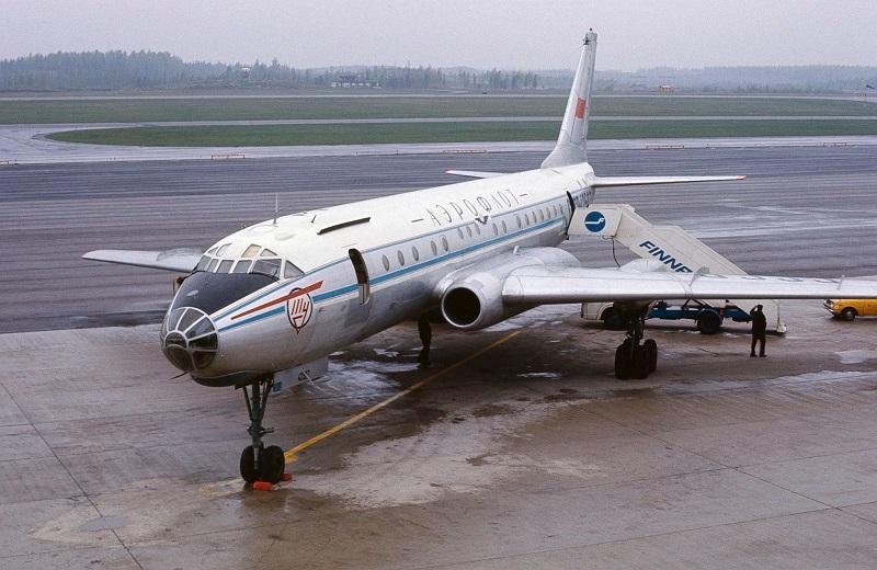 По каким причинам 40 лет назад время перелетов на самолете было меньшим, чем сейчас