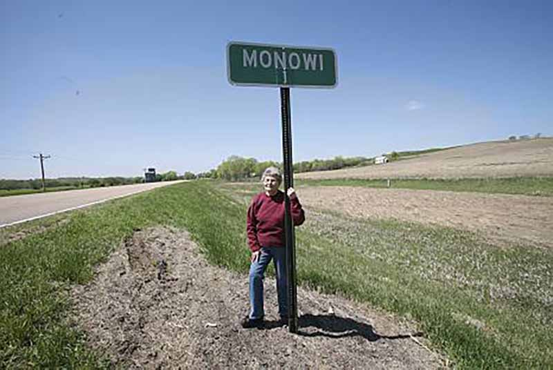 Монови, Небраска, США
