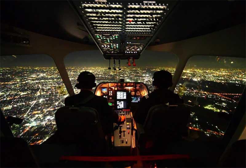 Какой обзор открывается перед пилотами ночью