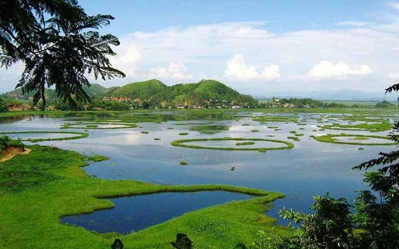 Уникальная достопримечательность Индии — плавающие острова Пхумди
